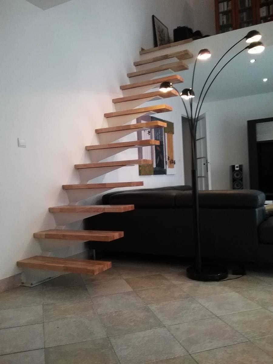 escalier limon en m tal droit d port atelier des escaliers aubaret. Black Bedroom Furniture Sets. Home Design Ideas