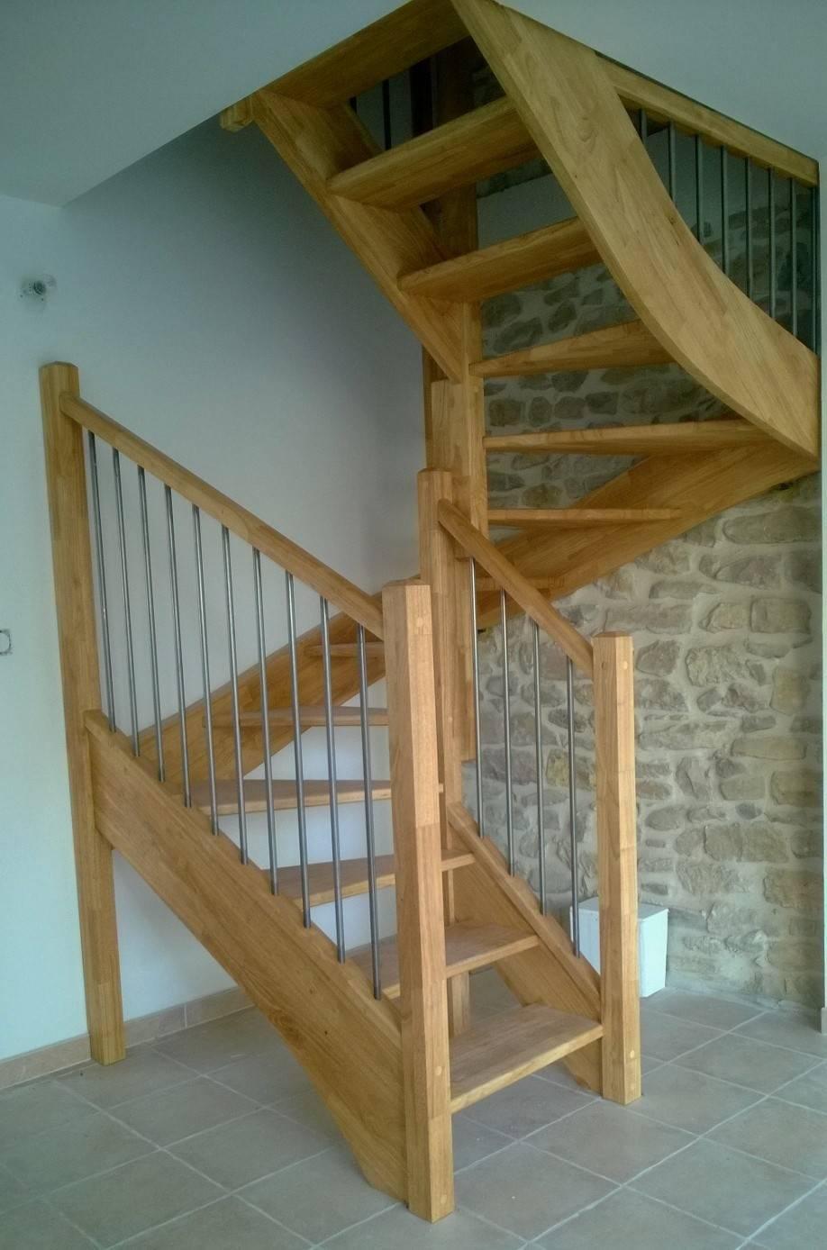 escalier 3 4 tournants en h v a sans contremarche. Black Bedroom Furniture Sets. Home Design Ideas