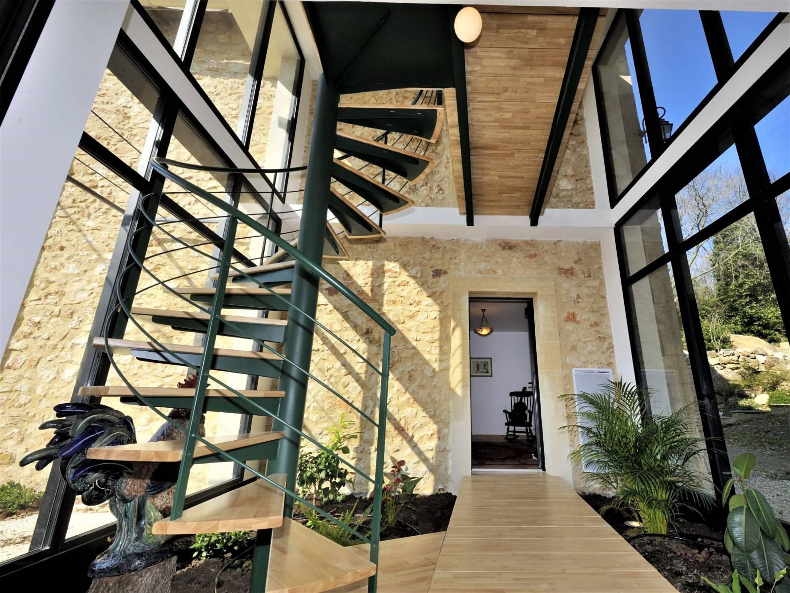 escalier h lico dal m tallique atelier des escaliers aubaret. Black Bedroom Furniture Sets. Home Design Ideas