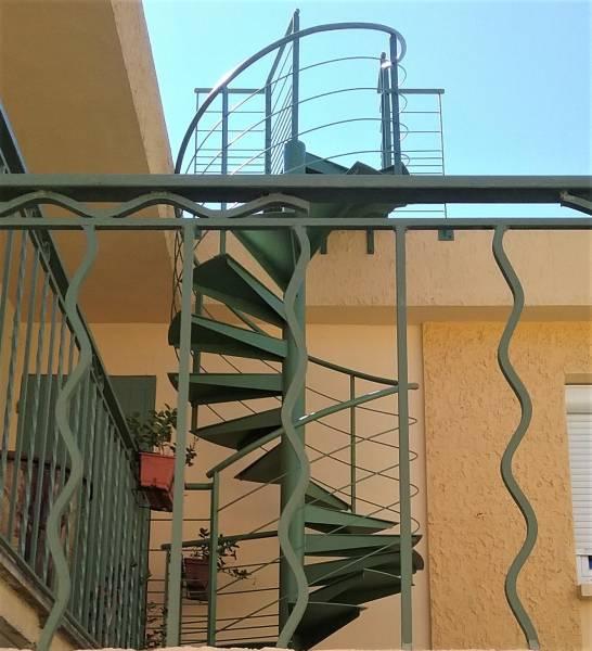 Fabrication Et Installation D 39 Escaliers En M Tal Sur Mesure N Mes Atelier Des Escaliers Aubaret