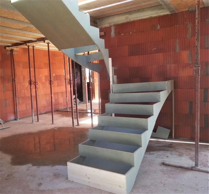 construction coffrage d 39 escaliers en b ton n mes et montpellier atelier des escaliers aubaret. Black Bedroom Furniture Sets. Home Design Ideas